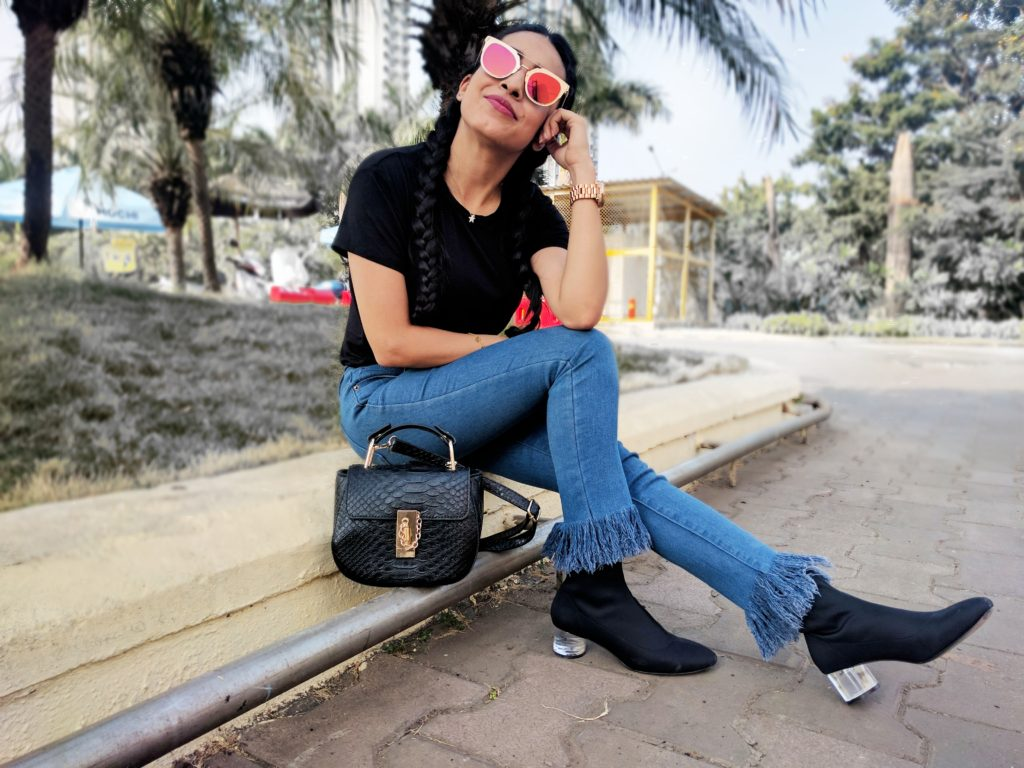 Frayed denims, sock boots, perspex heels, glass heels, black boots, leather bag, ootd, basic style