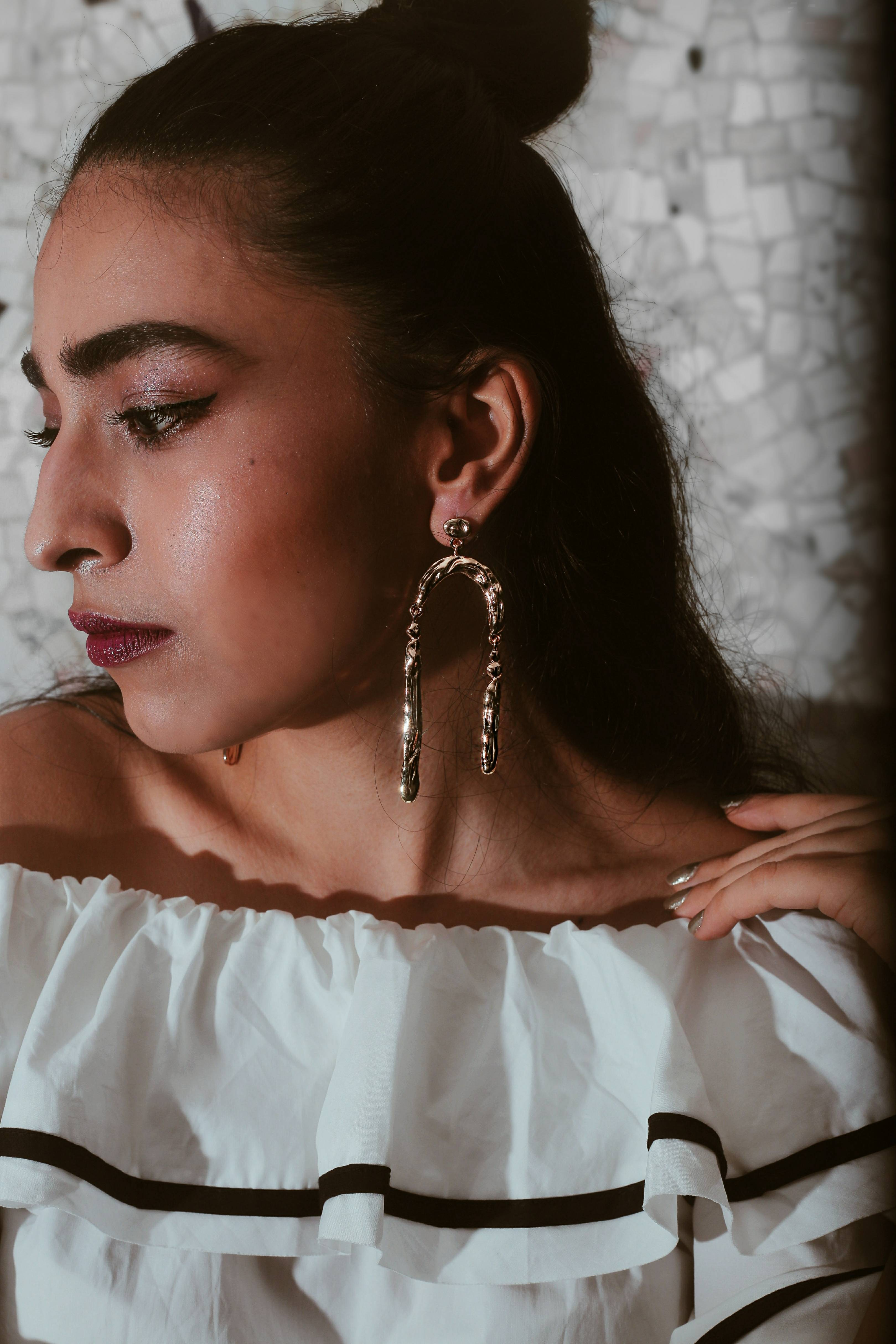 Earrings, accessories, jewelry, statement piece, statement jewelry, jewellery, makeup, editorial shoot, contouring, gold jewelry, minimal, miss match earrings