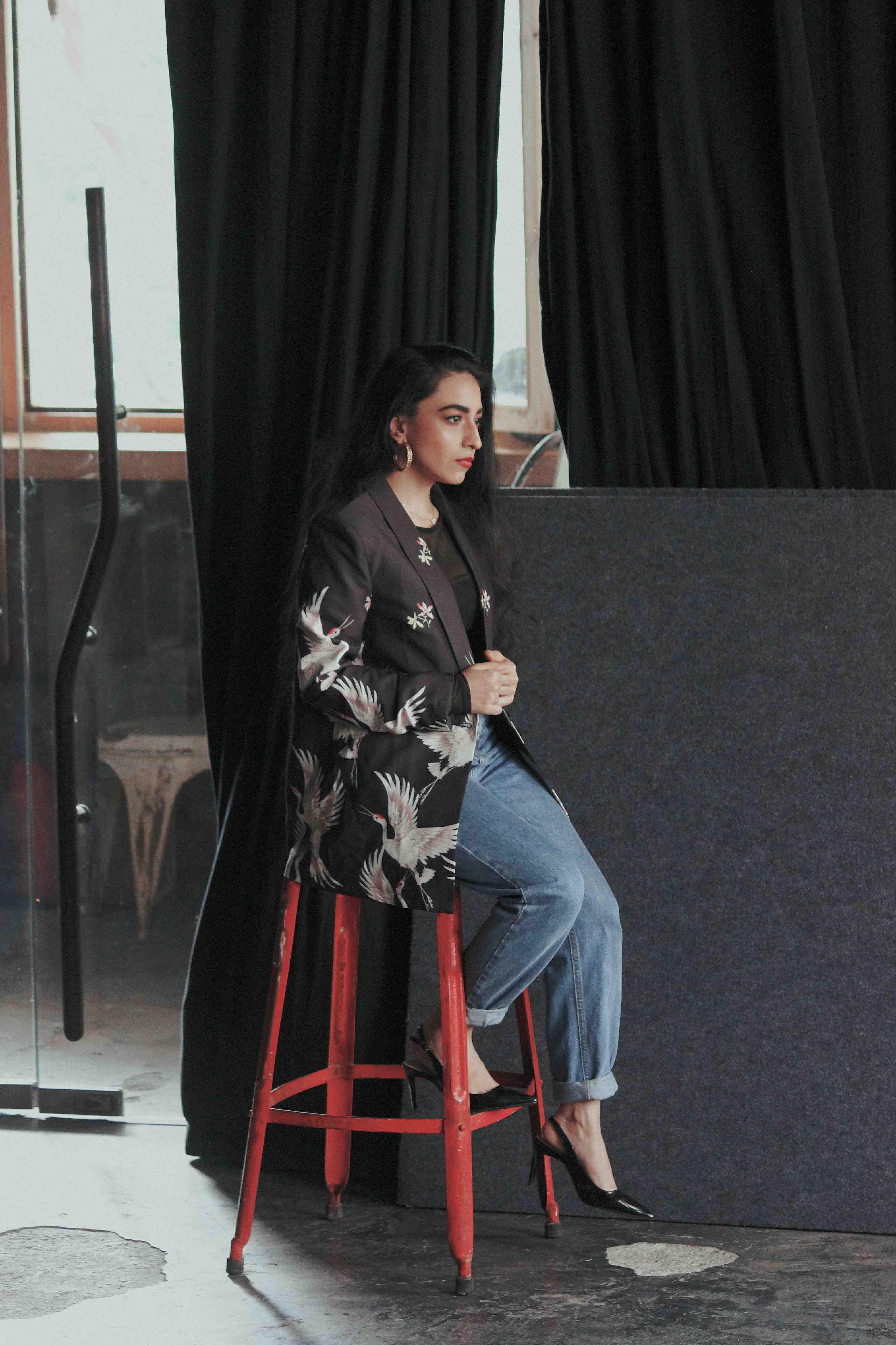 printed blazer, crane print blazer, printed jacket, black blazer, floral blazer, blazer jacket outfit, casual blazer outfit, ootd, stylessential, shein, zara, engraved belt, Shein blazer, party look