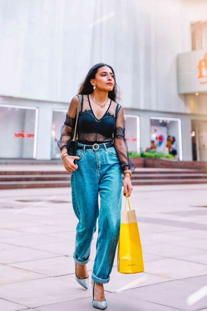 black lace bodysuit, black bodysuit, mom jeans, casual outfit, sexy outfit, outfit of the day, denim outfit, jeans look, how to wear mom jeans, boyfriend jeans, blogger outfit, streetstyle, indian blogger, neha menghwani, stylessential
